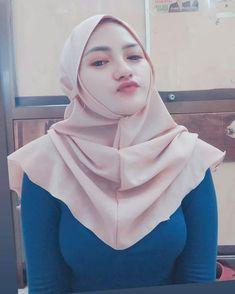 Hijab Teen, Arab Girls Hijab, Girl Hijab, Muslim Girls, Hijab Bride, Muslim Couples, Hijab Outfit, Beautiful Muslim Women, Most Beautiful Indian Actress