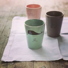 WE LOVE @pleased_to_meet   A New Brand in our #Onlineshop  Check it out: http://www.weloveyoulove.ch/collections/vendors?q=Pleased%20to%20meet  #weloveyoulove #weloveyouloveshop #pleasedtomeet #cups #cushions #cards #boxes #clutch
