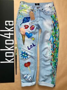 Jeans Boyfriend Jeans festival clothing Hand Painted Paint Jeans pattern Hand Painted Jeans Drawing on jeans birthday anniversary Painted Jeans, Painted Clothes, Hand Painted, Diy Clothing, Custom Clothes, Festival Outfits, Festival Clothing, Jeans Drawing, Denim Art