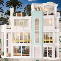 Malibu Beach House. Reminds me of Kelly and Donna's apartment!