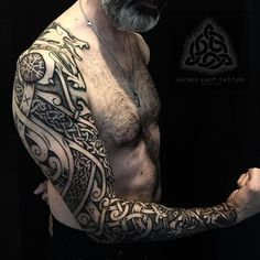 Daniels Viking wolf prow sleeve. This piece is inspired by the Sea and its chaotic nature that is also reflected in some of the borre style art. Thank you Daniel for your patience and trust! It's been an honour :) #viking #vikings #vikingart #vikingtattoo #vikingink #nordic #nordictattoo #nordicart #celtic #celtictattoo #knotwork #knotworktattoo #dotwork #dotworktattoo