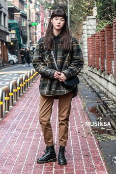 #MUSINSA street #Kmodel Winter style 2017 Asian Fashion, Look Fashion, Winter Fashion, Girl Fashion, Fashion Outfits, Womens Fashion, Fashion Trends, Mode Outfits, Winter Outfits