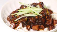 Jjajangmyeon 짜장면 - Korean Black Bean Noodle | Eugenie Kitchen Chinese Noodle Dishes, Korean Dishes, Korean Food, Korean Black Bean Noodles, Asian Recipes, Asian Foods, Kitchen Recipes, Black Beans, Tasty Dishes