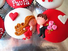 I am in love with these cupcakes! Cupcakes Bonitos, Cupcakes Decorados, Pretty Cupcakes, Beautiful Cupcakes, Tolle Cupcakes, Dessert Oreo, Valentine Day Cupcakes, Novelty Cakes, Love Cake