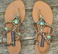 .etnic sandals