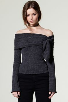 Aina Ribbon Off-the-Shoulder Top Discover the latest fashion trends online at storets.com #Mesh Top  #Oversized Top  #Ruffle High Neck Top