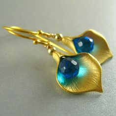 Teal Blue Quartz and Cally Lily Earrings by SurfAndSand on Etsy  Super Pretty
