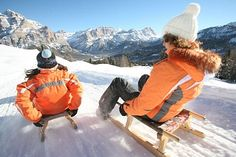 during the winter months, San Cassiano offers special highlights such as the natural toboggan run Foram, the 7.2 km (4.8 mi) long downhill slope Lagazuoi to San Cassiano