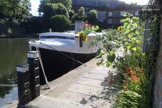 London boat stays on Air BnB Air Bnb, Canal Boat, Rental Apartments, Best Part Of Me, Perfect Place, Exploring, Boats, Anna, London