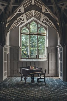 Abandonedforgotten — Abandoned Mansion by shannxn . Abandoned Mansion For Sale, Old Abandoned Houses, Abandoned Castles, Abandoned Mansions, Abandoned Buildings, Abandoned Places, Old Houses, Haunted Places, Mansion Homes