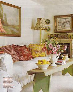 nice room - love the bench-turned-coffee table