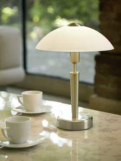 Elegance sama, to je stolní lampa SOLO 1 1