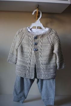 Ravelry: Vintage Cardigan pattern by Helen Rose Baby Cardigan Knitting Pattern, Baby Knitting Patterns, Knit Baby Dress, Knit Baby Sweaters, Knitting For Kids, Knit Crochet, Helen Rose, Clothes, Pullover