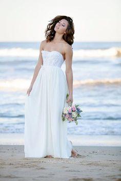 LACE AND CHIFFON STRAPLESS CUSTOM BEACH WEDDING DRESS