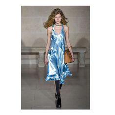 @louisvuitton #lofficieles #fashionweek #parisfashionweek  via L'OFFICIEL SPAIN MAGAZINE INSTAGRAM -Fashion Campaigns  Haute Couture  Advertising  Editorial Photography  Magazine Cover Designs  Supermodels  Runway Models