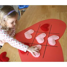 Valentine's Day Tic Tac Toe Hearts #Valentine's Day Activities for #Kids