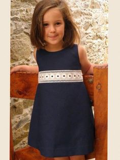 Pinned onto افكار فساتين بنات - Girl's FashionBoard in Kid's Fashion Category Little Girl Outfits, Little Girl Fashion, Little Girl Dresses, Trendy Dresses, Cute Dresses, Summer Dresses, Baby Girl Dresses, Baby Dress, Fashion Kids