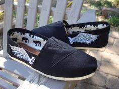 love these TOMS. I be they would go perfectly with the Percy Jackson and the Olympians series (That I LOVE!!!!)