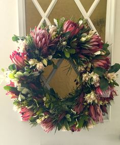 Floral Wedding Decorations, Symbols Of Strength, Circular Pattern, Festive, Floral Wreath, Workshop, Tropical, Concept, Wreaths