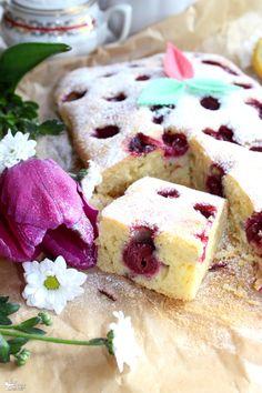 Szybkie ciasto z wiśniami i migdałową nutą Polish Recipes, Polish Food, Homemade Cakes, Cookie Recipes, Food And Drink, Pudding, Sweets, Lunch, Cookies