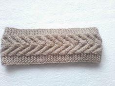 Must Learn Crochet Stitch Tutorial - Crochet Ideas Knitting Videos, Crochet Videos, Loom Knitting, Knitting Stitches, Knitting Designs, Knitting Patterns, Crochet Patterns, Crochet Girls, Knit Crochet