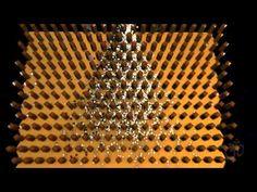 Galtonboard / Galtonbrett Simulation (or Bean machine or quincunx or Galton box) - YouTube