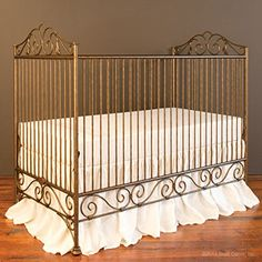Bratt Decor Casablanca Crib Vintage Gold