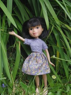With the help of Tasmanian artist Sonia Singh, secondhand Bratz dolls transform from modeling high fashion with attitude to showcasing the beauty of Doll Clothes Barbie, Bratz Doll, Barbie Dolls, Ooak Dolls, Sonia Singh, Tree Change Dolls, Disney Animator Doll, Realistic Dolls, Weird Pictures