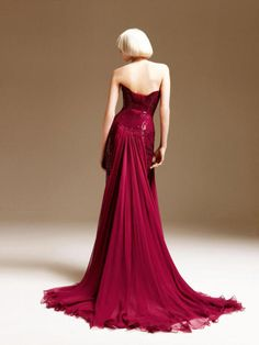 32flavors-:  Atelier Versace Spring 2011- Abbey Lee Kershaw