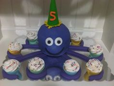Octopus cake By erica38 on CakeCentral.com