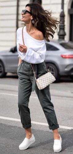 What To Wear For Spring: The Best Spring Outfits This Season - https://sorihe.com/fashion01/2018/02/28/what-to-wear-for-spring-the-best-spring-outfits-this-season/