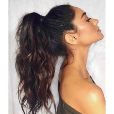 The reason why messy ponytail hairstyles are so popular is that they are very easy to achieve. The messy ponytail hairstyle can be upgraded, updated and modified to accommodate all facial shapes, hair texture and length, as well as any occasion. Messy Ponytail Hairstyles, Full Ponytail, Messy High Ponytails, Hair Ponytail Styles, Cool Ponytails, Hairdos, Formal Ponytail, Fancy Ponytail, Curled Ponytail