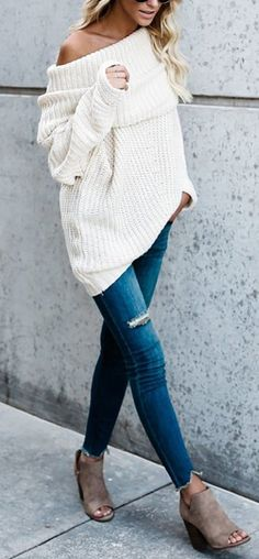 cozy street style with the white baggy sweater