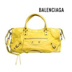 Bolsa #Balenciaga Clássica maravilhosa e novinha!! 💫😍💫 #_prettynew #NewIn…