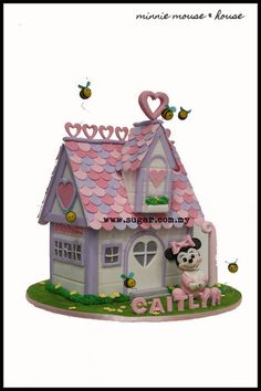 Minnie mouse & her house - by weennee @ CakesDecor.com - cake decorating website