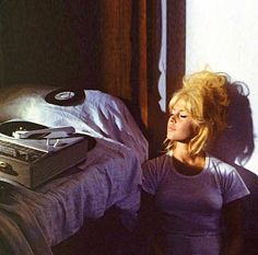 Additional photos of famous and not-so-famous women spinning vinyl --including Brigitte Bardot, Bobbie Gentry and others -- Brigitte Bardot, Bridget Bardot Hair, Divas, Look Dark, 70s Aesthetic, Record Collection, The Bikini, Looks Cool, Vintage Beauty