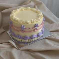 Pretty Birthday Cakes, Pretty Cakes, Just Cakes, Cakes And More, Mini Cakes, Cupcake Cakes, Frog Cakes, Cute Baking, Gateaux Cake