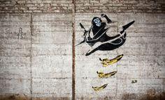 bananas away!