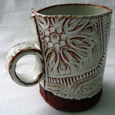 Rootstock Studio - nice design for hand-built mug.white glaze over dark clay and rubbed off Hand Built Pottery, Slab Pottery, Pottery Mugs, Ceramic Pottery, Thrown Pottery, Ceramic Techniques, Pottery Techniques, Clay Mugs, Ceramic Clay