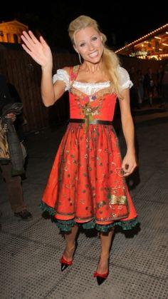 Michelle Hunziker in Lola Paltinger - Oktoberfest 2010