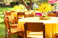 A reliable Wedding planning Mumbai for your wedding occasion contact us today to get free quotation for your budget wedding planning Mumbai Indian Wedding Decorations, Table Decorations, Decor Wedding, Budget Wedding, Wedding Planning, Candle Lamp, Candles, Wedding Planner Book, Wedding Coordinator