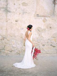 Bougainvillea Inspired Wedding Ideas - photo by Savan Photography http://ruffledblog.com/bougainvillea-inspired-wedding-ideas