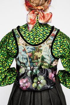 14EVA-LIE17512_web Folk Costume, Costumes, Viking S, Folk Fashion, Folk Art, Traditional, Fantasy Clothes, How To Wear, Design
