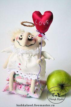 Presentes parágrafo artesanal dos Namorados. Mestres justo - serdeshny artesanal de amor celestial. Handmade.