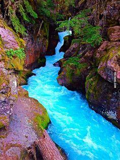 Blue water at glacier national park. ^_^