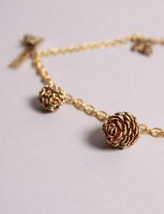 Leafy Charms bracelet.