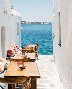 Cannot wait for this trip  @nemani_nadolo | #greece #travel #holidayplanning