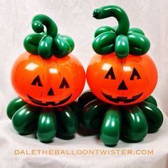 Balloon Flowers, Red Balloon, Balloon Bouquet, Balloon Arch, Fun Halloween Crafts, Holidays Halloween, Halloween Decorations, Halloween Party, Balloon Centerpieces