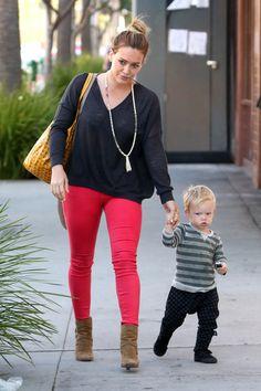 Hilary Duff & Luca: Hand-In-Hand