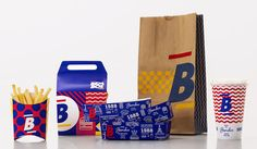 Restaurant branding plays an important role in obtaining new customers but also retaining your regulars. You need to make it memorable, so we have gathered here a collection of the best branding examples for diners. Burger Branding, Burger Packaging, Food Branding, Food Packaging Design, Packaging Design Inspiration, Brand Packaging, Design Food, Design Café, Graphic Design